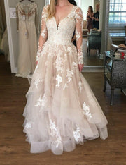 lace-long-sleeves-champagne-wedding-dresses-with-horsehair-skirt-3