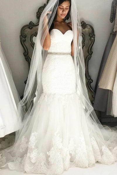 lace-sweetheart-sheath-wedding-gown-with-jewelry-belt-sash