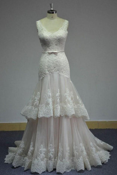lace-v-neckline-wedding-dress-with-two-layers-tulle-skirt