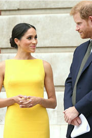 meghan-markles-yellow-dress-tea-length-satin-prom-gown-1