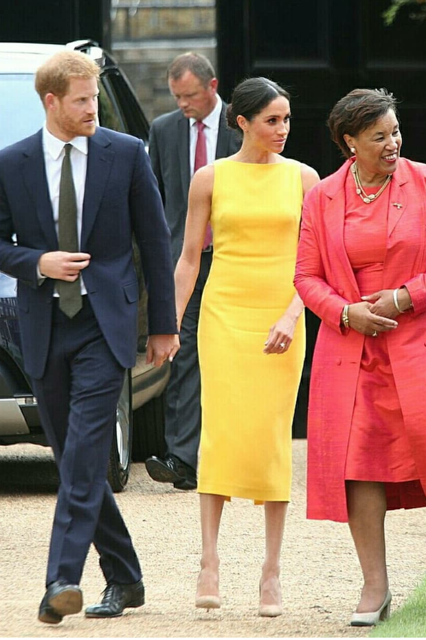 meghan-markles-yellow-dress-tea-length-satin-prom-gown-2