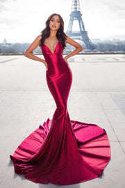 mermaid-style-evening-dress-with-lace-up-backless