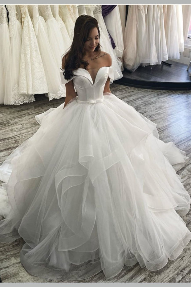 off-the-shoulder-layers-tulle-wedding-dresses-in-dubai
