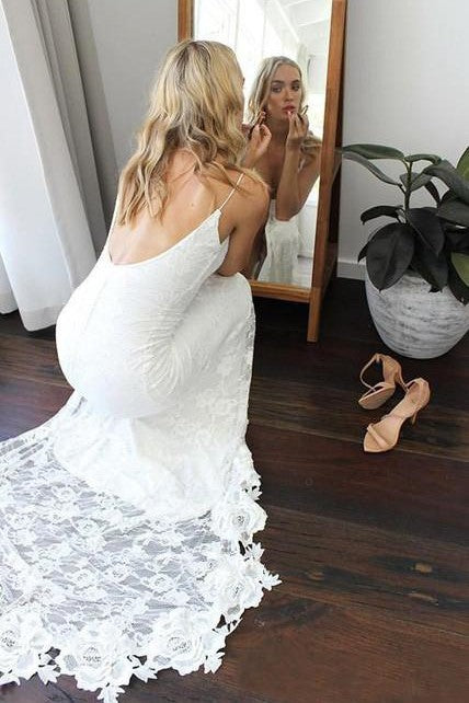 open-back-lace-boho-wedding-dresses-with-high-thigh-slit-1