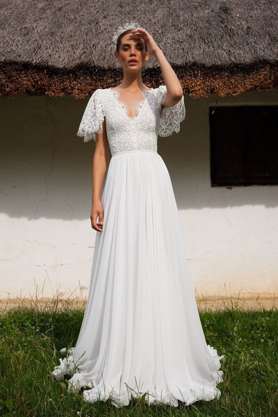 oversize-sleeves-chiffon-bridal-gown-with-lace-v-neckline
