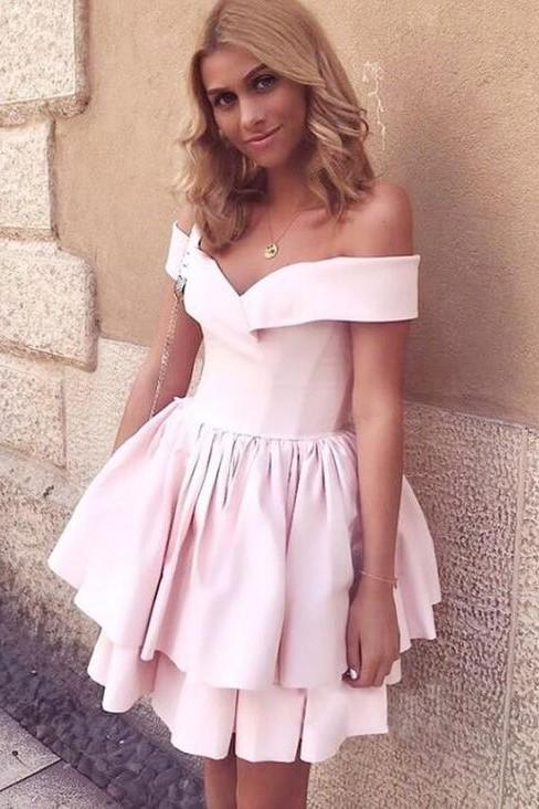 pink-satin-homecoming-dress-short-tiered-skirt-vestido-de-formatura