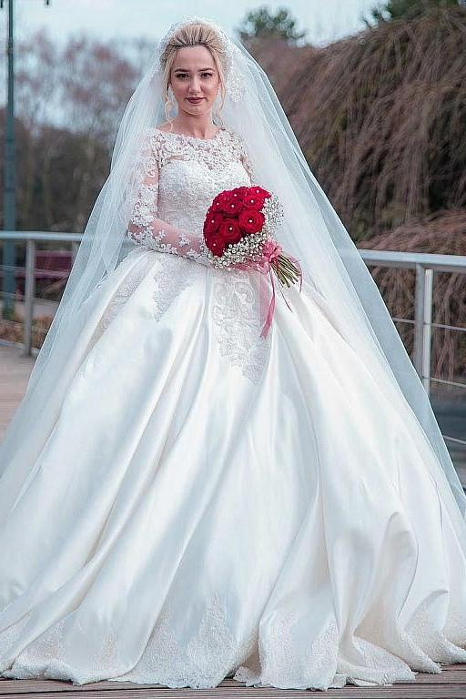 Plus Size Wedding Dress Lace Long Sleeves Satin Skirt