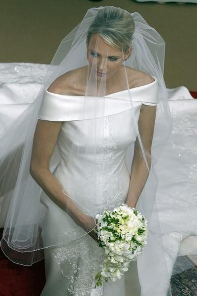 princess-charlene-wittstocks-wedding-veil-1