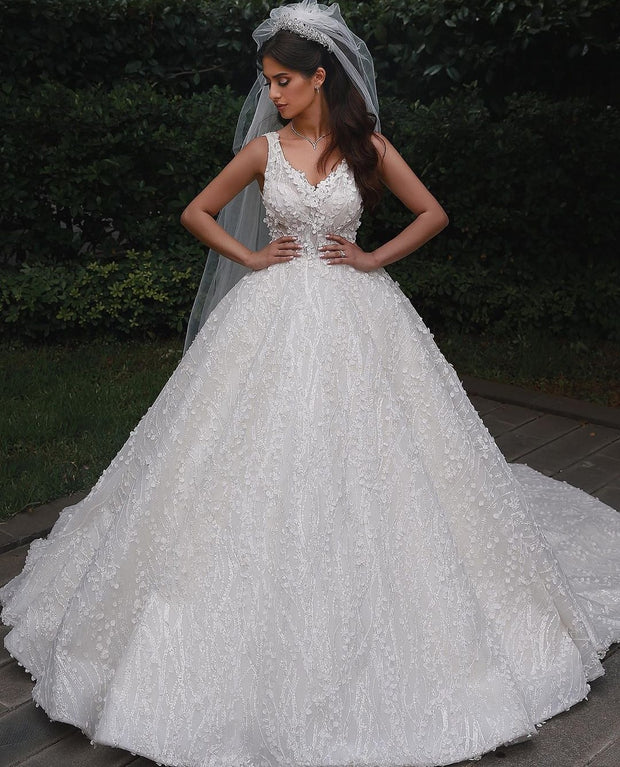 princess-lace-floral-wedding-dresses-with-v-neckline-2