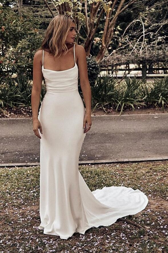 ruching-square-neck-outdoor-wedding-gown-with-sweep-train