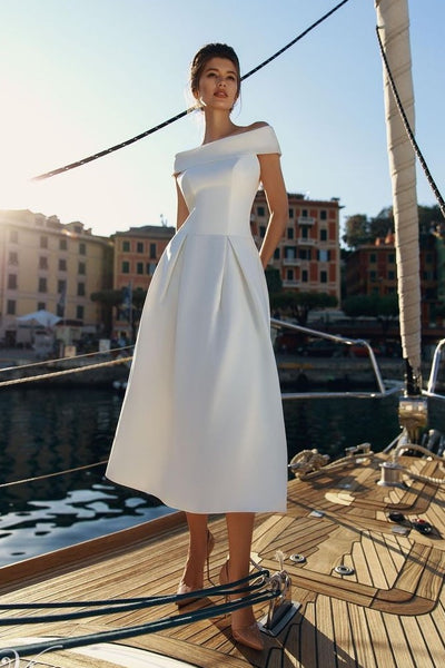 short-satin-bridal-dresses-for-summer-weddings