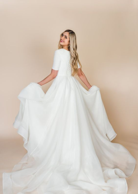 short-sleeve-modest-wedding-gown-with-long-train-3