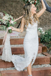 sleeveless-hollow-back-lace-bride-dresses-with-cut-skirt