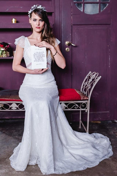 soft-v-neck-lace-wedding-gown-dress-with-cap-sleeves