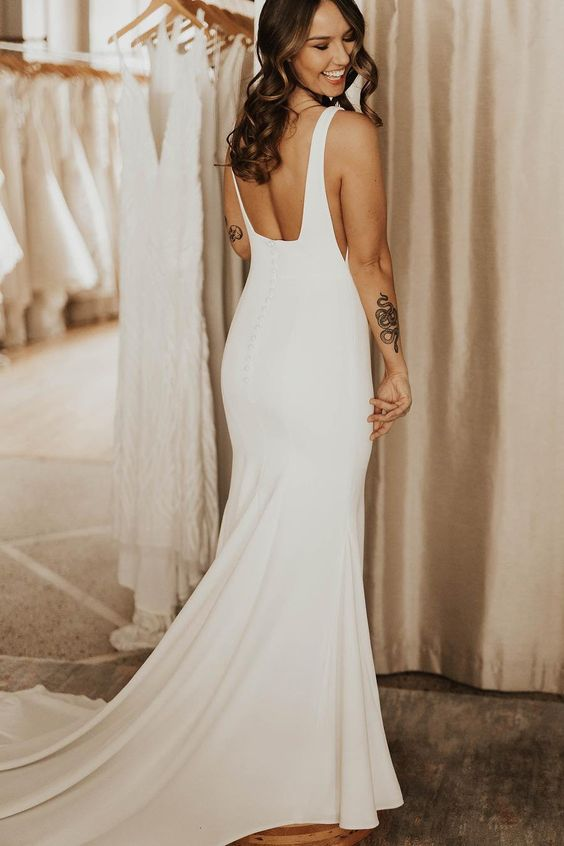 square-neck-simple-bridal-dresses-for-wedding-with-sweep-train-1