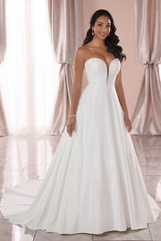 strapless-backless-satin-simple-wedding-gown-dress-with-dramatic-train
