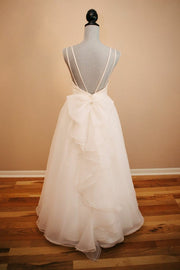 sweet-lace-backless-wedding-dresses-with-organza-skirt