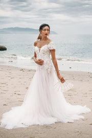 sweetheart-lace-tulle-wedding-dresses-with-removable-wrap