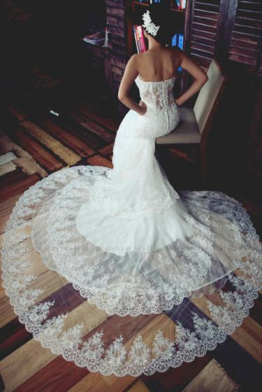 three-layers-lace-wedding-dress-with-sweetheart-bodice-2