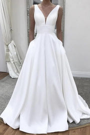 twin-pockets-satin-bridal-wedding-dress-with-plunging-neckline