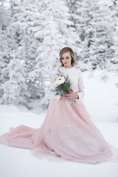 two-tone-winter-bridal-gown-with-long-sleeves