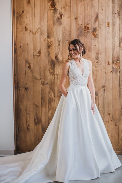v-neck-a-line-lace-satin-wedding-dress-with-pockets
