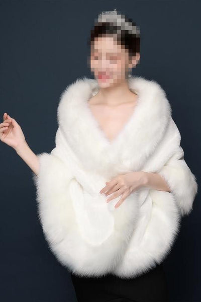 winter-wedding-coat-bridal-shrug-fur-jacket-wrap
