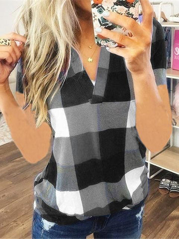 products/plaid-print-short-sleeve-v-neck-t-shirt_2.jpg