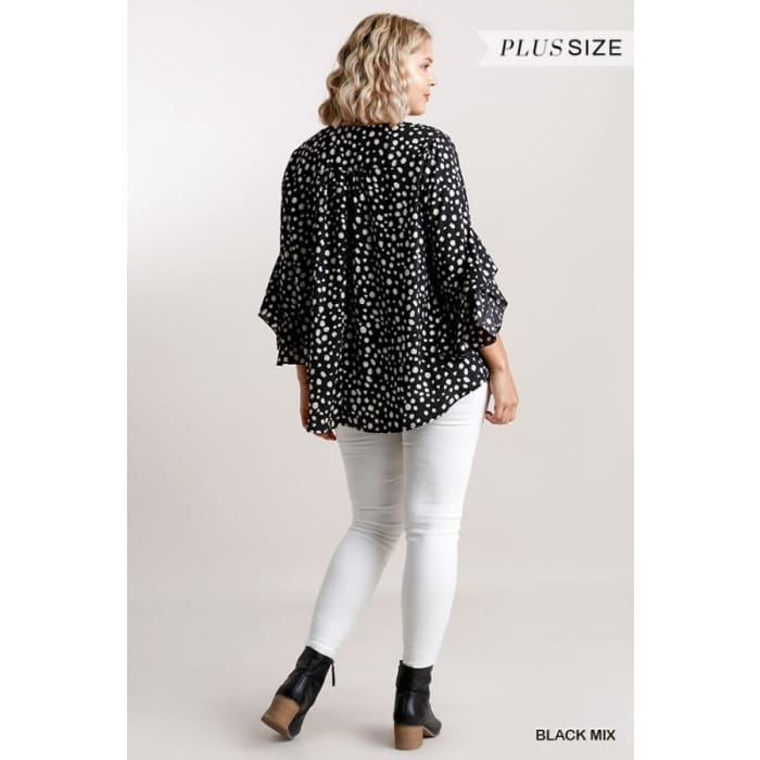 Connect the Dots Plus Top XL-2XL - Apparel - Plus Size 1XL - 3XL