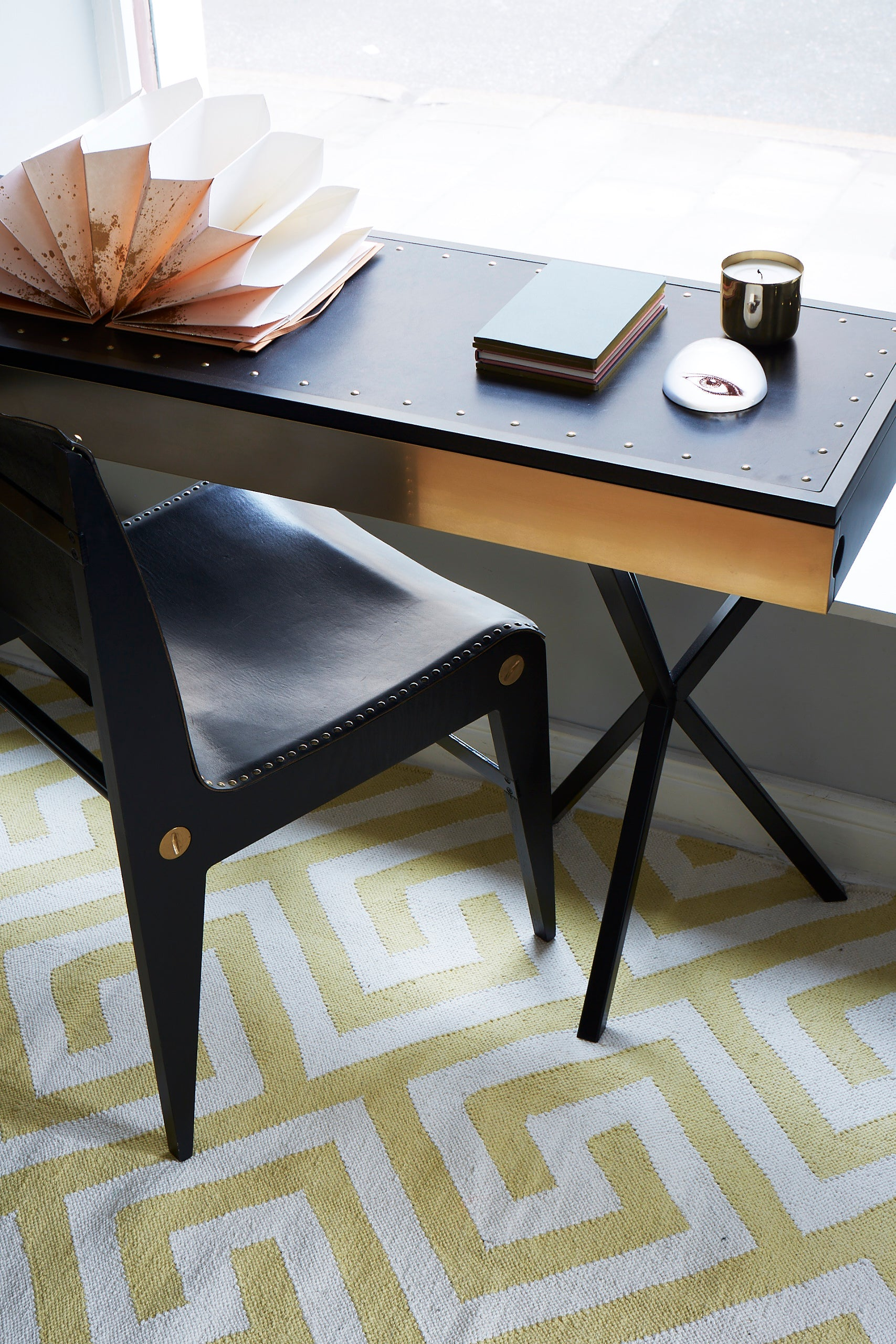 NEB Writing Desk Large