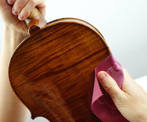 cleaning-cloths-with-animal-imprints-to-remove-rosin-resoundstrings.com