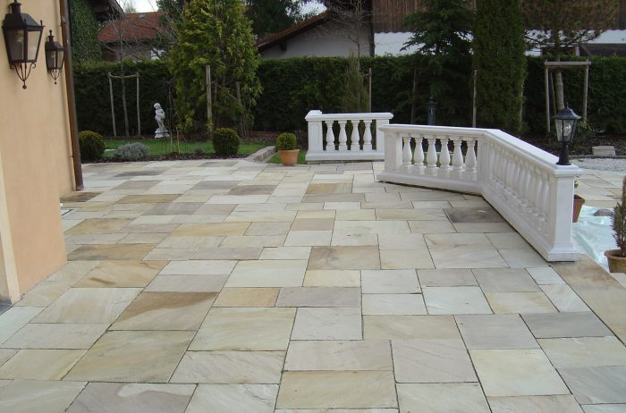 mint fossil sandstone paving £26.50mtr