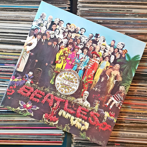 The Beatles: Sgt. Pepper's Lonely Hearts Club Band (Limited 2 x LP Edition) (Vinyl LP)
