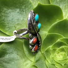 Load image into Gallery viewer, Vintage Navajo Turquoise and Coral Ring