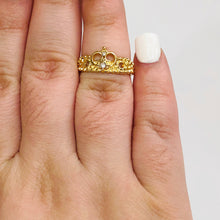 Load image into Gallery viewer, Crown Midi Ring