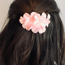 Load image into Gallery viewer, Blossom Hair Clip