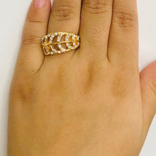 Load image into Gallery viewer, Diamond Studded Leaf Ring