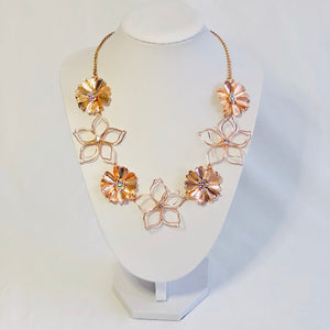 Estelle Floral Necklace