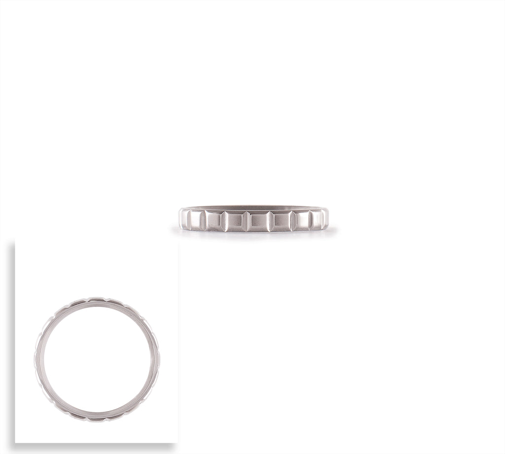 B.Tiff Pure Box Cut Stacking Ring