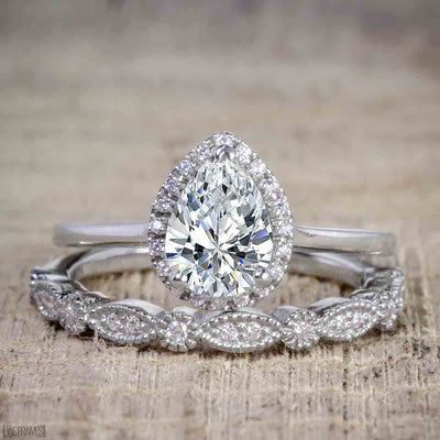Best Selling 2 Carat Pear cut Moissanite & Diamond Bridal Set