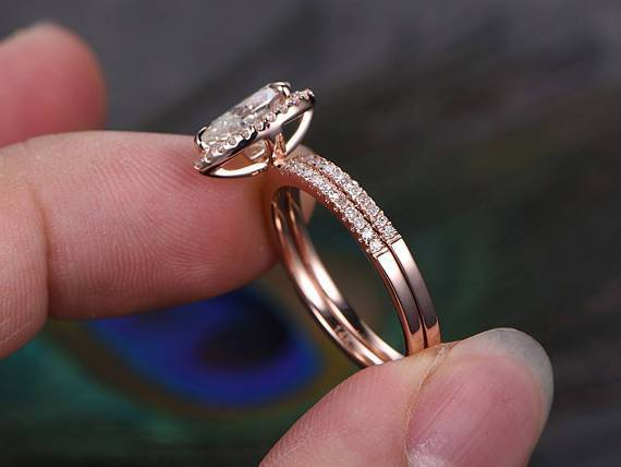 Perfect 2 Carat Pear cut Moissanite and Diamond Halo Weding Ring Set in Rose Gold