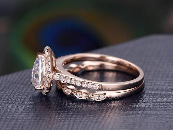 Best Seller 2 Carat Pear cut Moissanite and Diamond Bridal Set in Rose Gold
