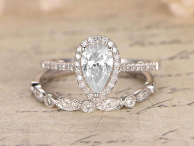 Superb 1.50 Carat Pear cut Moissanite & Diamond Wedding Ring Set