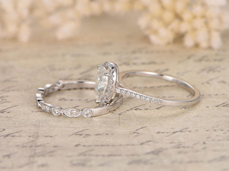 Superb 1.50 Carat Pear cut Moissanite & Diamond Wedding Ring Set in 10k White Gold