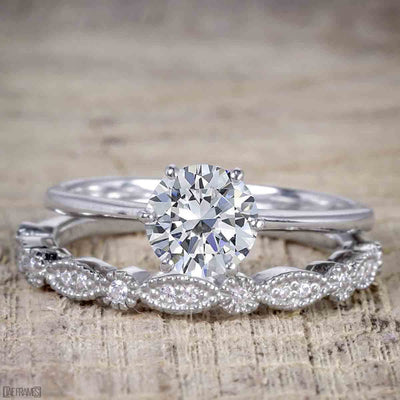 Vintage Design 1.25 Carat Round Cut Moissanite Engagement Ring
