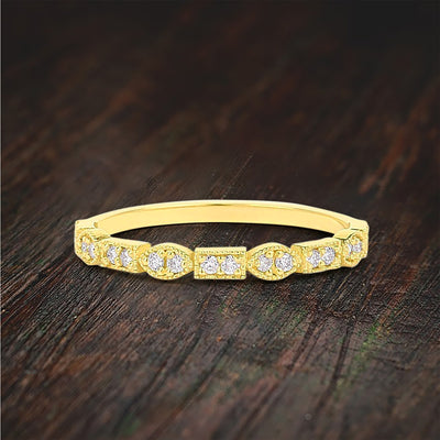 Stunning Victorian Style Wedding band with Round Moissanite Diamond 10k Gold
