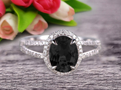1.50 Cartat Oval Cut Black Diamond Moissanite Engagement Ring Wedding Ring On 10k White Gold Split Shank Stacking Band Shining Startling Ring Anniversary Gift