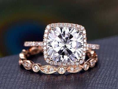 Art deco 2 Ct Moissanite and Diamond Halo Wedding Ring Set