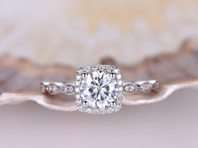 Classic 1.50 Carat Moissanite and Diamond Wedding Ring in 10k White Gold