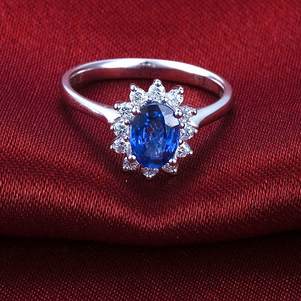 Exquisite Sapphire and Moissanite Diamond Engagement Ring
